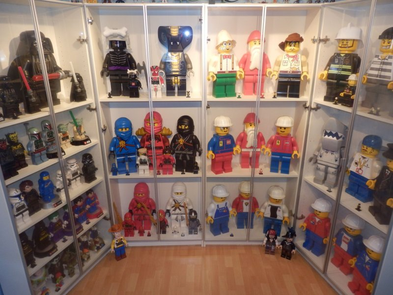 Lego 19 inch Giant Store Display Collection of Minifigures over 45 ...