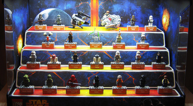 Lego Star Wars Minifigure Store Display that I have not seen before ...